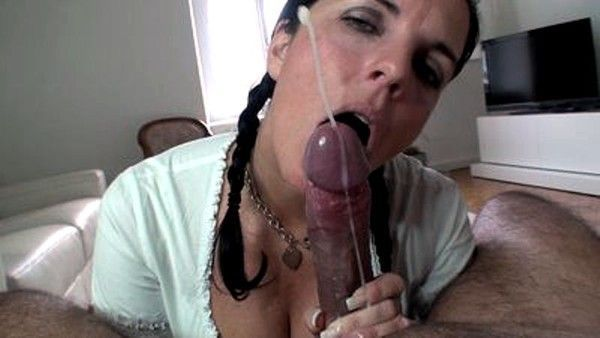 Exotic blowjob with color